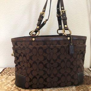Authentic Coach Gallery Signature Handbag
